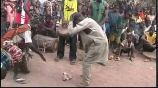 fête des féticheurs à Fadakouna (village djembe and dance)