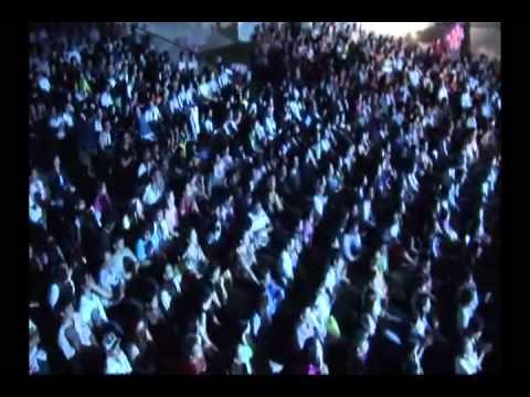 22.LK tu hai giai huynh de - LiveShow UYEN TRANG - YouTube.flv