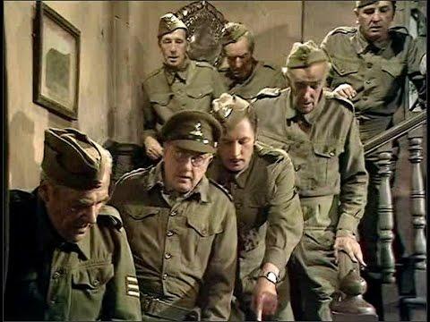 Dad's Army - Man Hunt - NL Ondertiteld - 'It was a British parachute!'...