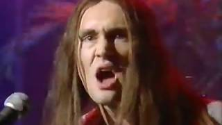NEIL - HOLE IN MY SHOE (Top Of The Pops, BBC1, 1984)