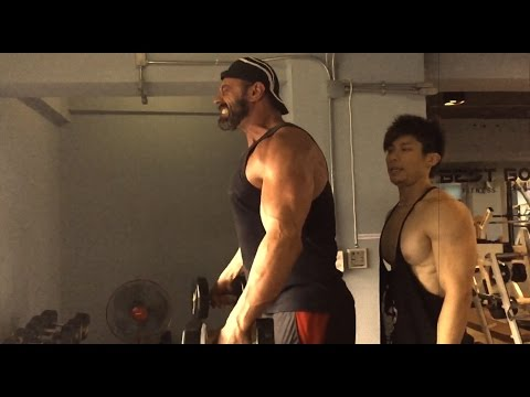 Frank Yang works out with The Mountain aka Conan Stevens from Game of Thrones