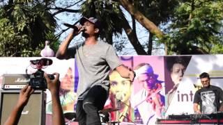 Gully Gang   Divine - Scene Kya Hai