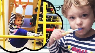 Leo's morning. Leo brush his teeth, do exercises, prepare breakfast for mommy and daddy. Kids video!