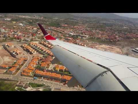 DANGEROUS Approach! Landing at Toncontin International Airport - Tegucigalpa, Honduras