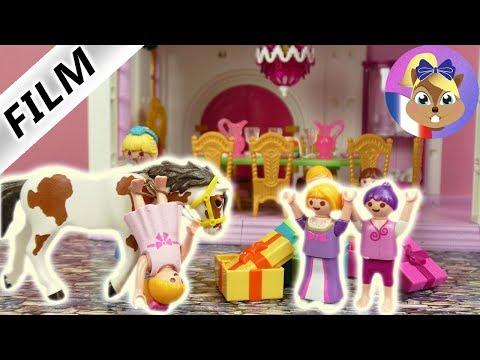 Film Playmobil en français   Hannah tombe de cheval lors d'un anniversaire de princesse