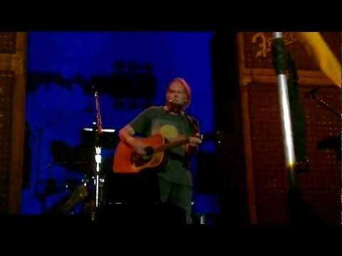 Neil Young - Twisted Road [FULL] - Brisbane Australia - 7th March 2013