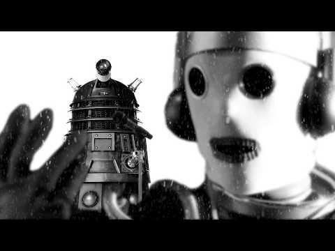 Dalek & Cyberman - Fairy Tale Of New York (Karaoke)