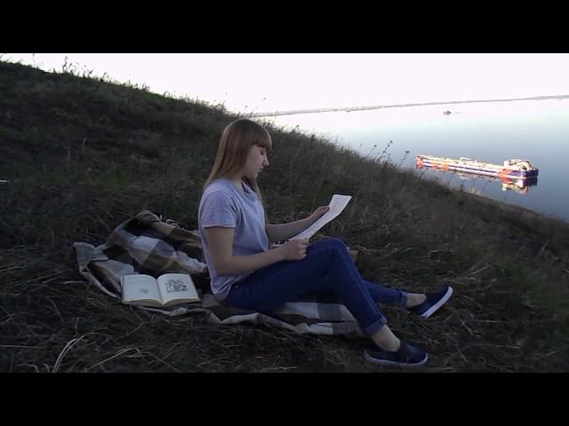 Изображение предпросмотра прочтения – ЕленаСамойлова читает произведение «Жди меня иявернусь…» К.М.Симонова