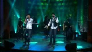 Enrique Iglesias - Cuando Me Enamoro (Live @ Don Francisco Presenta 2010) feat. Juan Luis Guerra