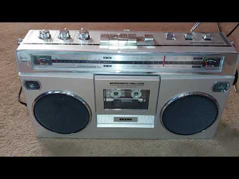 Ion Boombox Deluxe Radio Cassette Player/recorder Digital Converter