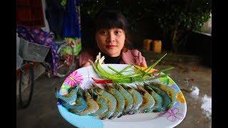 Yummy Mantis Shrimp Cooking Garlic - Mantis Shrimp Stir Fried Recipe | survival skills. HT