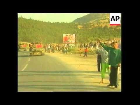 YUGOSLAVIA: KOSOVO CRISIS: NATO TROOPS ENTER KOSOVO
