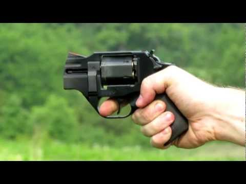 Shooting the Chiappa Rhino 200DS