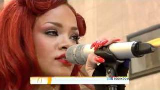 rihanna performs california king bed live on today show toyota concert 2011