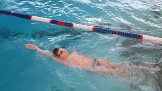 Основные ошибки в плавании кролем на спине
