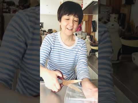 藤田朋子のゴミ袋節約動画/プラカップ(マクドナルド)を平らにするよ