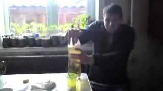 видео Осторожно: газировка! В чем вред сладких напитков?