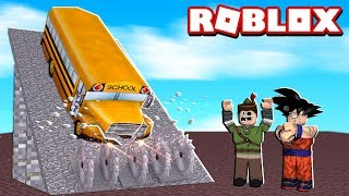 WE BROKE MANY BUSES IN ROBLOX!! (Car Crushers 2)