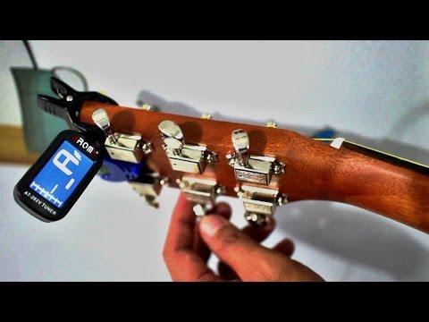 Cara Stem Gitar menggunakan Tuner Digital model jepit/clip-on