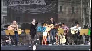 Papermoon - Tell me a poem feat. Teenage-Rockstars live (Lichterfest 2012) mit Michael Oderits