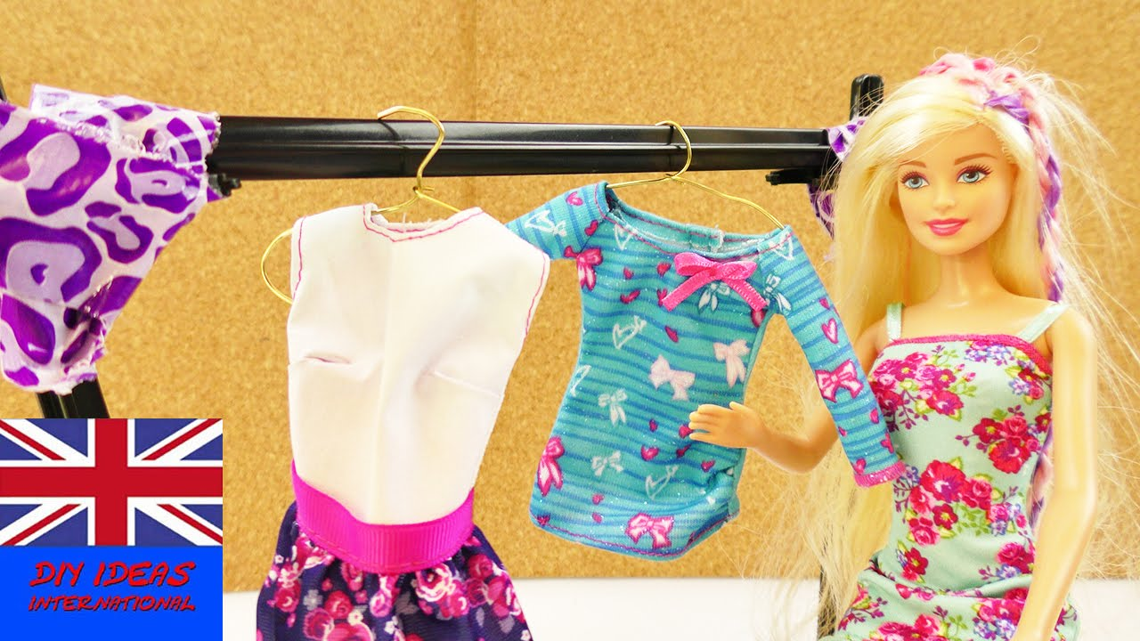 How To Make A Clothes Rack In One Minute For Barbie And Monster High Dolls    Storage For Outfits