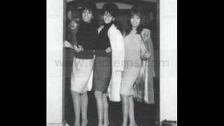 THE RONETTES (HIGH QUALITY) - I CAN HEAR MUSIC
