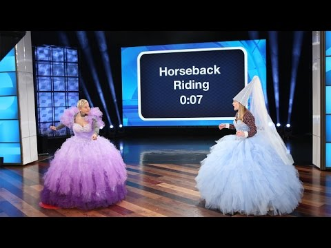 Thumbnail: Ellen and Drew Barrymore's Giant, Royal Game of 'Heads Up!'