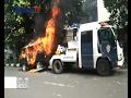 Tak Terima Dirazia, Mobil Dibakar Pemiliknya - BIS 03/02