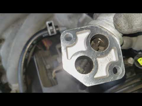 Ford Taurus 4th Gen 2000-2007 - Cleaning the Idle Air Controller