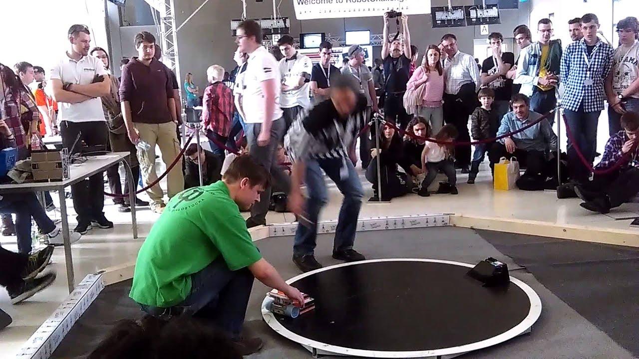 [Bucharest][MegaSumo]RoboChallenge Romania 2019 - YouTube