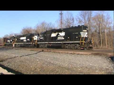 NS Intermodal 20Q and Abrams Yard Job HM61 at King of Prussia, PA