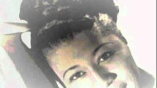 """Ella Fitzgerald - """"A-Tisket, A-Tasket"""" Slideshow"""