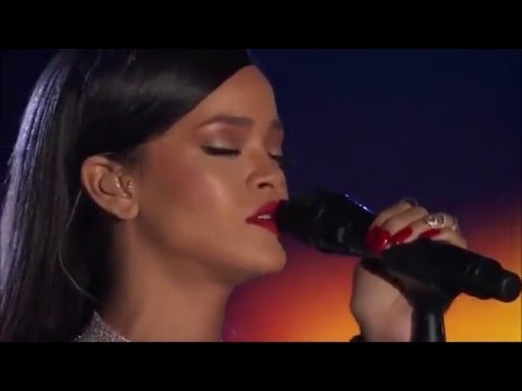 Rihanna - Stay Live At The Concert For Valor 2014