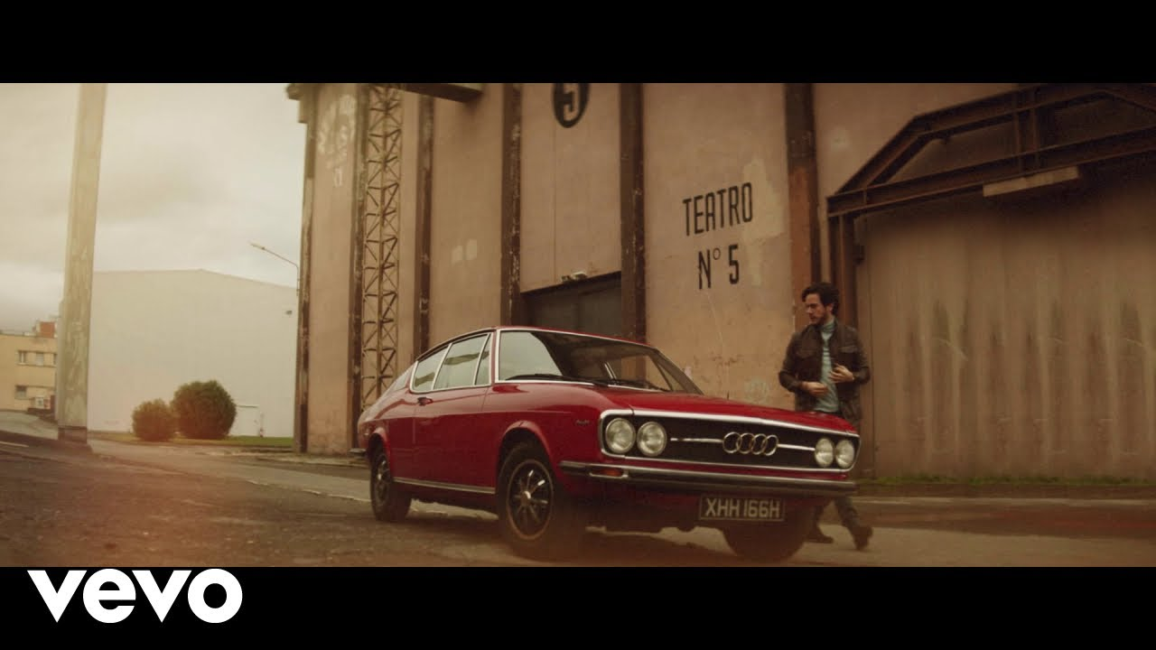 Jack Savoretti - Candlelight (Official Video) - YouTube