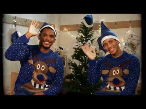 Samuel Eto'o and Steven Pienaar have the perfect Everton Christmas present...