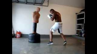 Boxing combos & foot movement with heavy Bob bag