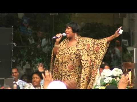 Patti Labelle | NYC @ Adam Clayton Powell Jr. State Office Building | 09 Aug 2007