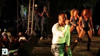 Ricardo Drue- Professional (Live)