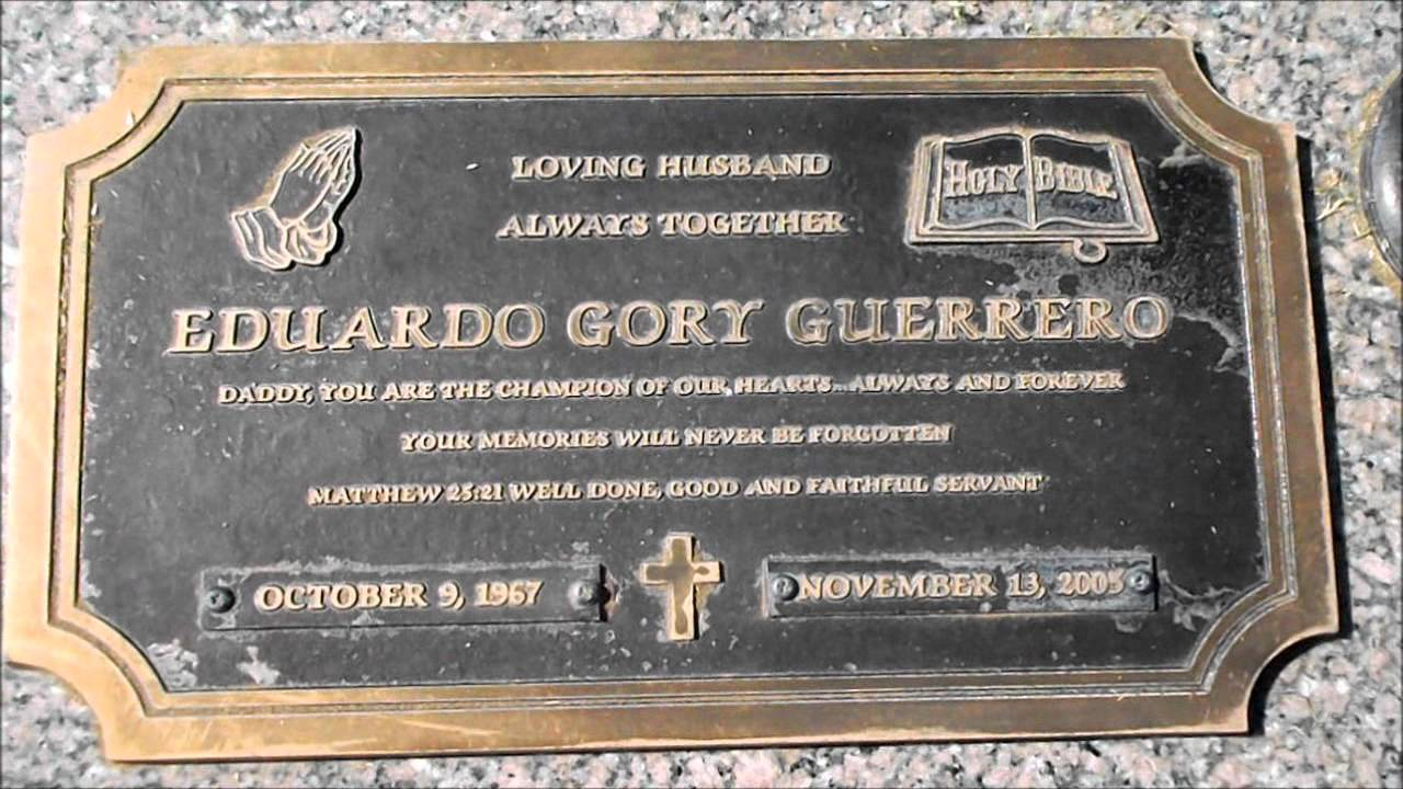 The Grave of WWE Star EDDIE GUERRERO (HD) 2012 - YouTube
