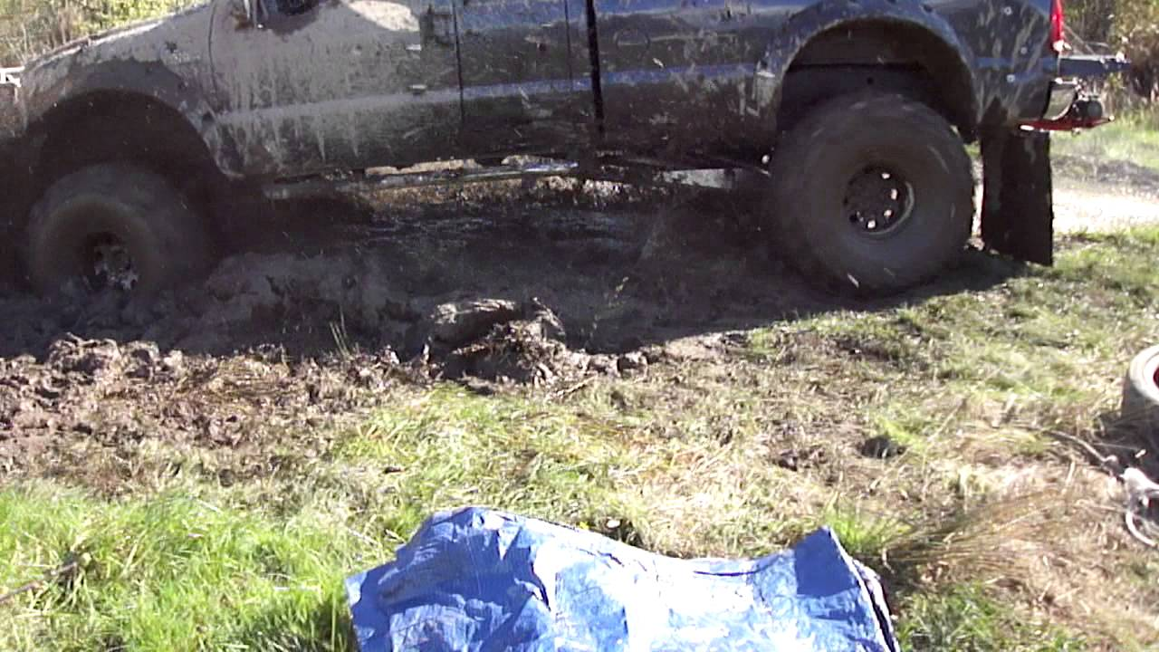 Ford Super Duty >> LIFTED 99 FORD F-250 SUPER DUTY, V10.... STUCK IN THE MUD ...
