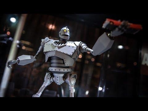 Mondo's New Iron Giant at DesignerCon!
