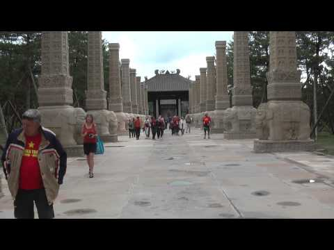 Datong Grottos with the Vodkateers | China Tours with Juergen Schreiter