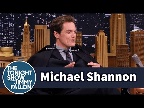 Michael Shannon Shows Off His Elvis Impersonation in a Cape