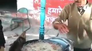 SUPERHANDS MEET THE MAN WHO DIPS HIS BARE HANDS INTO BOILING OIL