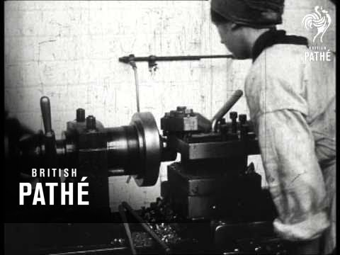 Women Munitions Workers  Bradford  Part 1 19141918