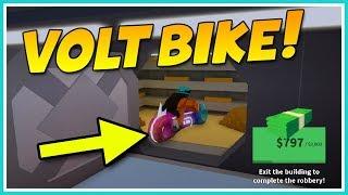 ROBLOX JAILBREAK ROBBING THE BANK ON THE VOLT BIKE!