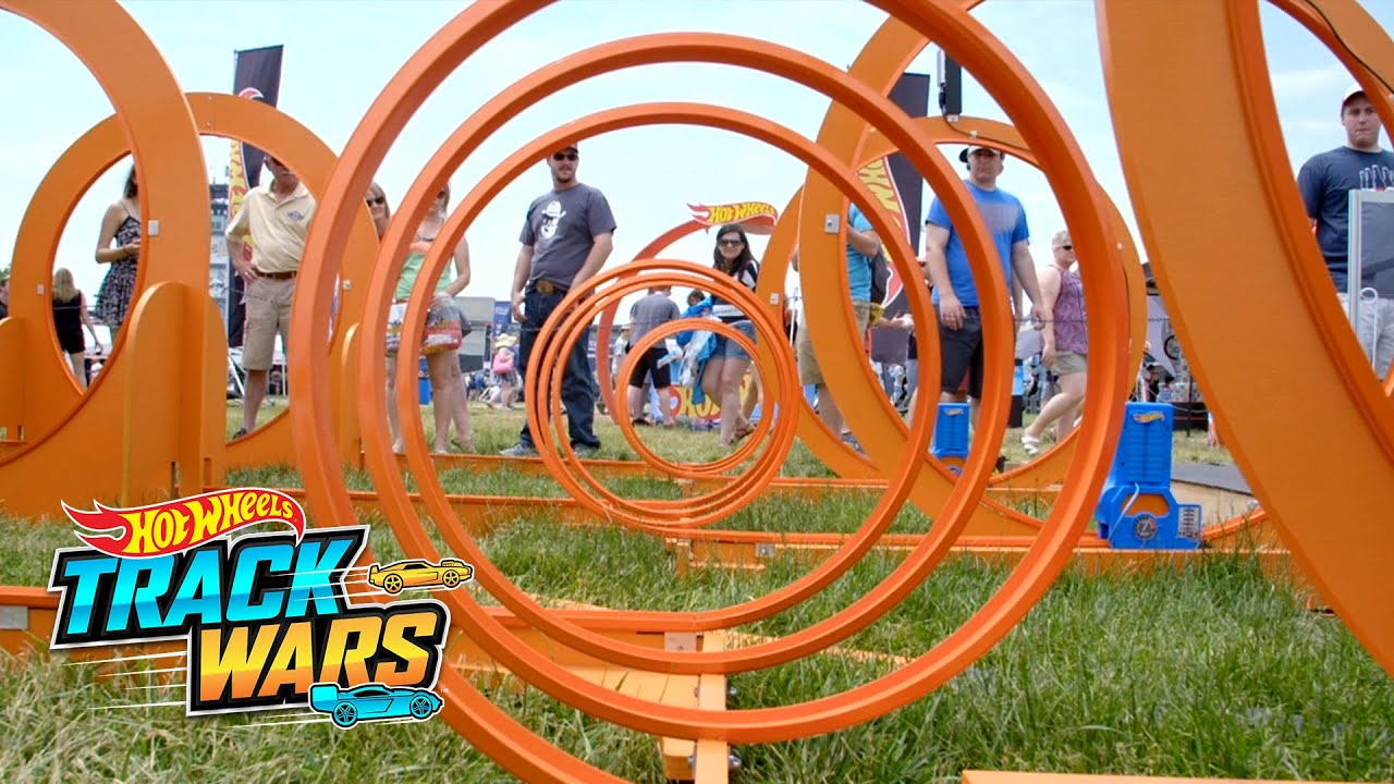 Big Loop! | Indy500 | Track Wars | Hot Wheels - YouTube