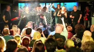 Conny de Beauclair   Falco 2016 U4   The Sound of Musik   die Goldfisch mit Roman Gregory ....