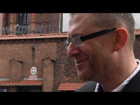 Grzegorz Braun wychodzi na wolność 05.08.2014 Wrocław