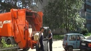 Работа мусоровоза KBR-P20K(, 2012-02-01T10:43:56.000Z)